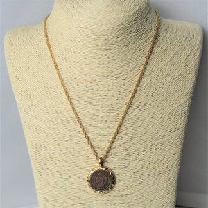 Gold Tone Necklace 1901 Wheat Penny Coin Pendant